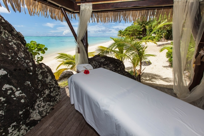 Pacific Resort Aitutaki Spa Massage on the Beach