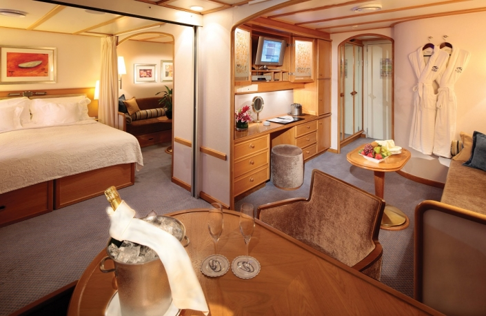 SeaDream Commodore Suite