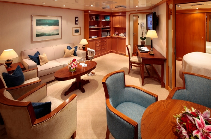 SeaDream Owners Suite