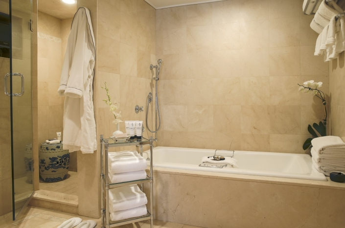 The Lowell Junior Suite Bathroom