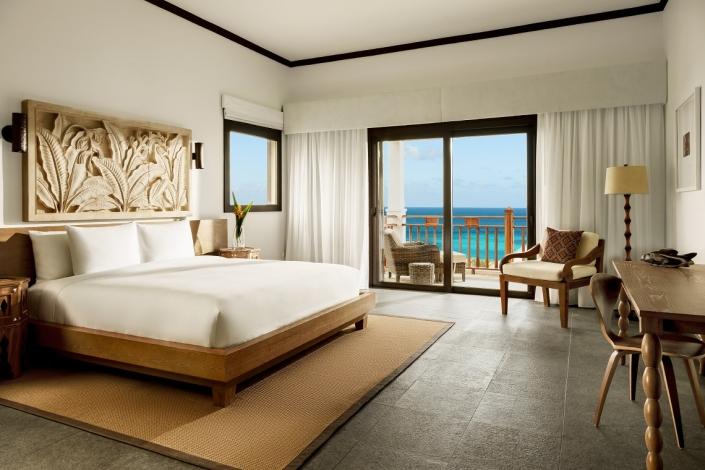 Zemi Beach House Deluxe-Bedroom-King