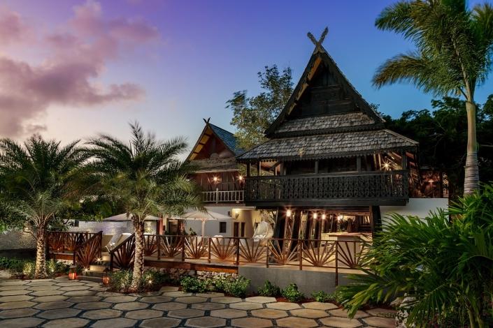 Zemi Beach House Spa-Exterior