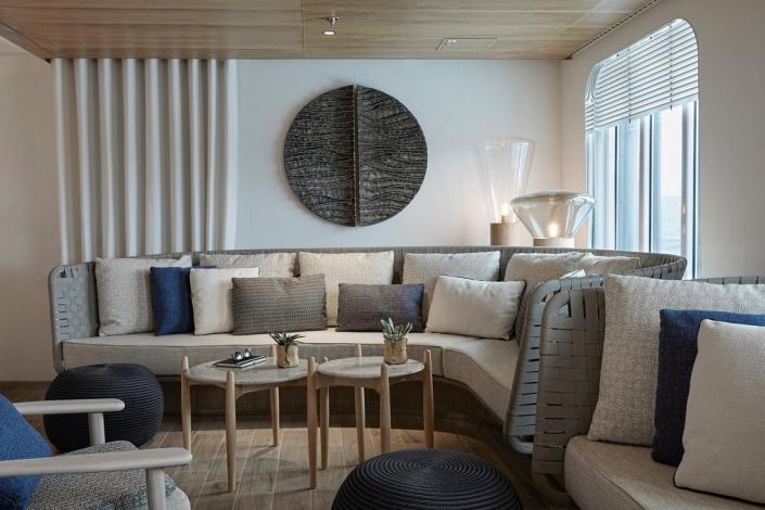 Ponant Le Bellot Main Lounge