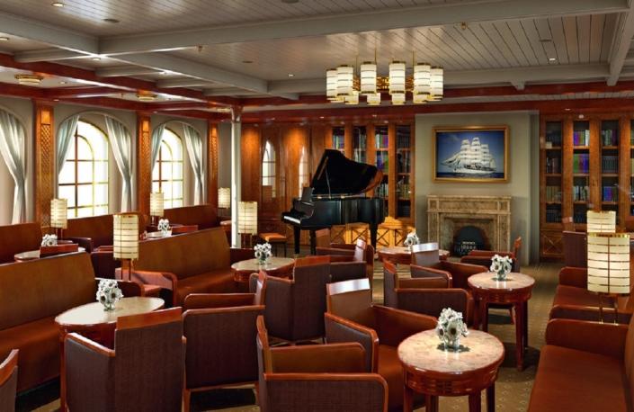 SeaCloud Spirit Lounge