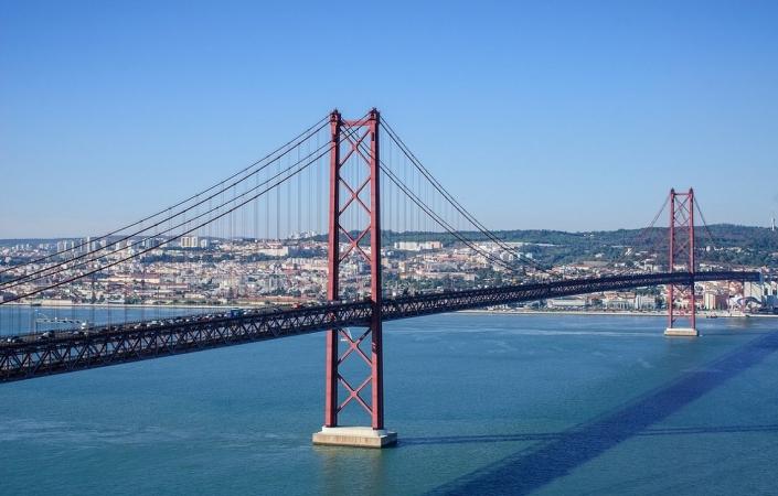 Lissabon Bruecke