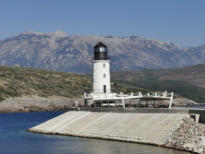 Reiseberichte Montenegro Lustica Bay Leuchtturm